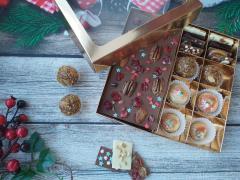 Набор 4 корпусных конфеты 2 трюфеля и молочный шоколад