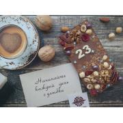 Молочный шоколад с датой и наполнением