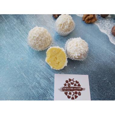 Набор 9 конфет сырные трюфели с манго и сыром Пармезан
